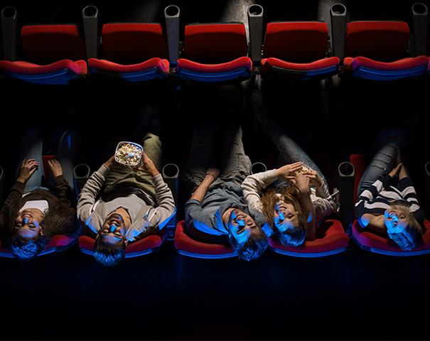 Sinemia'da arkadaşına sinema bileti 1TL!